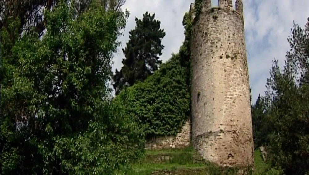 fortaleza del siglo XV en Sarria, Lugo