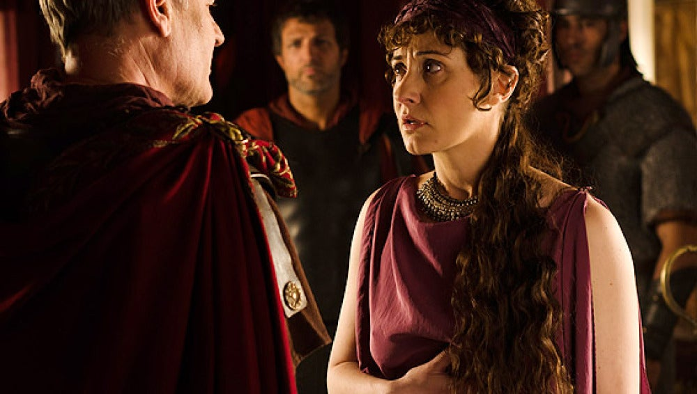 Claudia apenada ante Galba