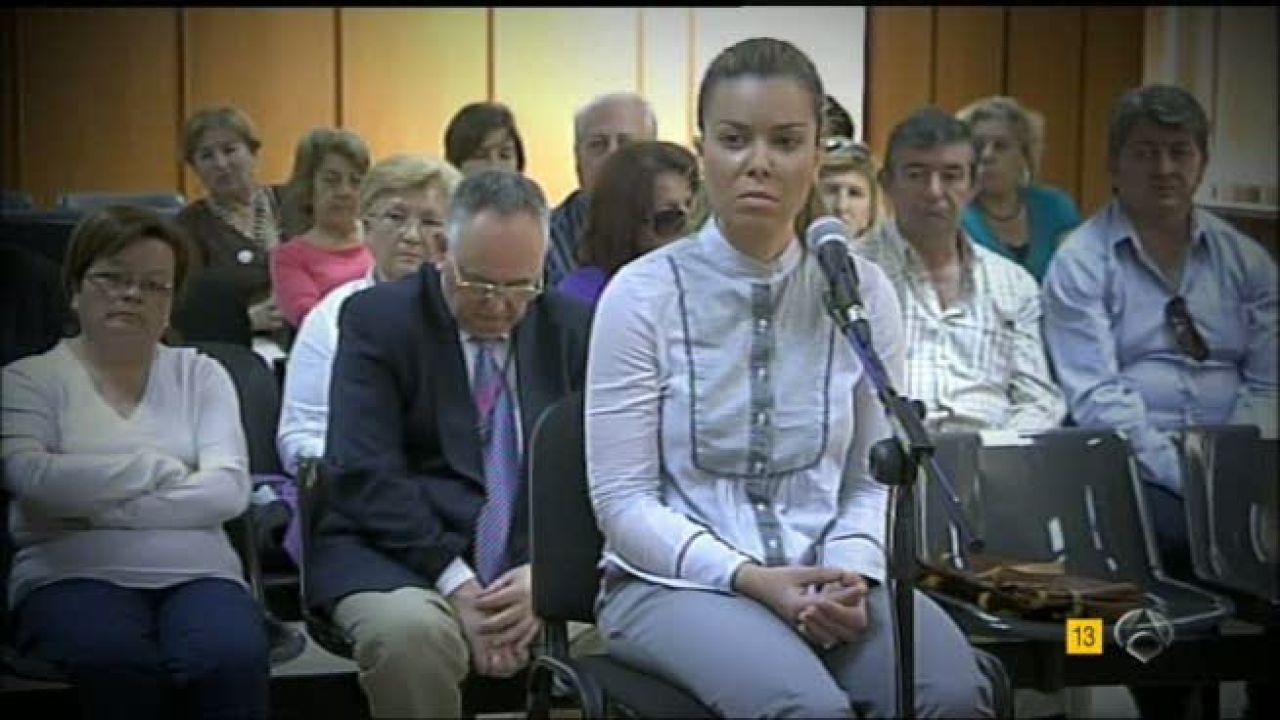Mar a jos campanario y su madre renuncian a sus testigos for Espejo publico hoy completo
