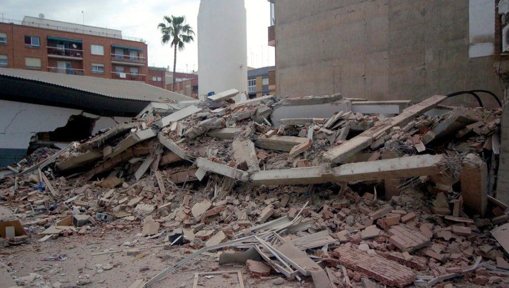 Un edificio derruido en Lorca