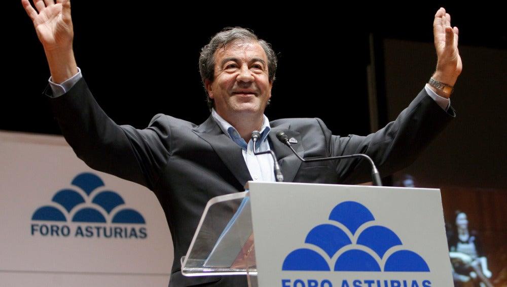 Francisco Álvarez Cascos, candidato de FAC