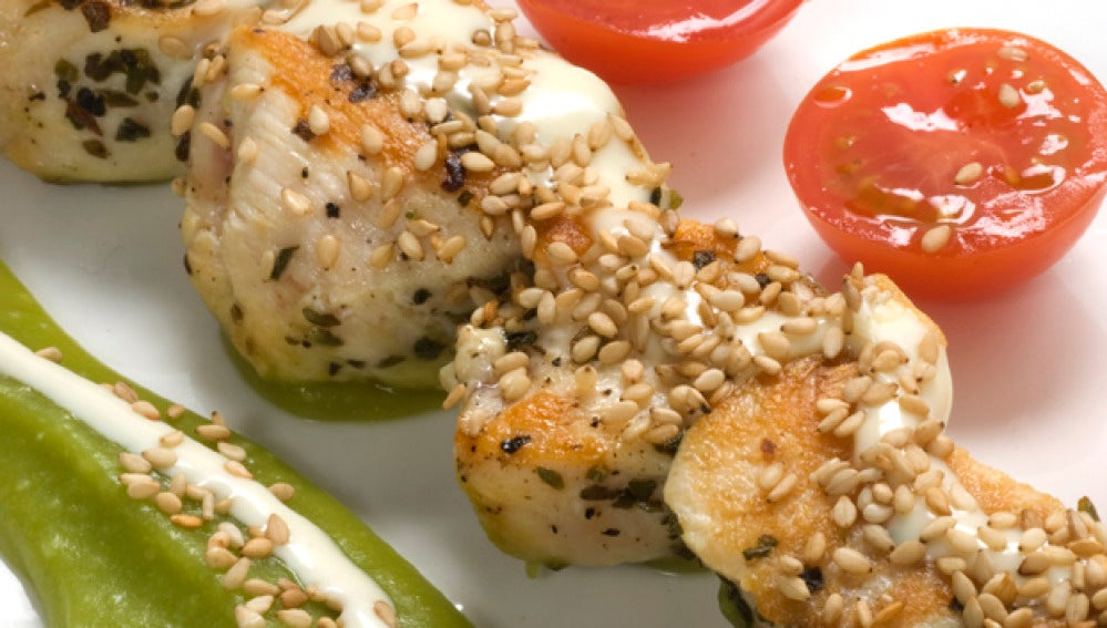 Brochetas de pollo con queso
