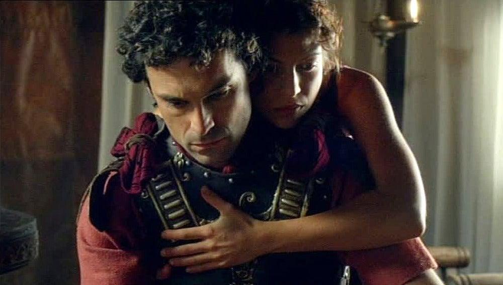 Fabio destrozado ante la huída de Sabina