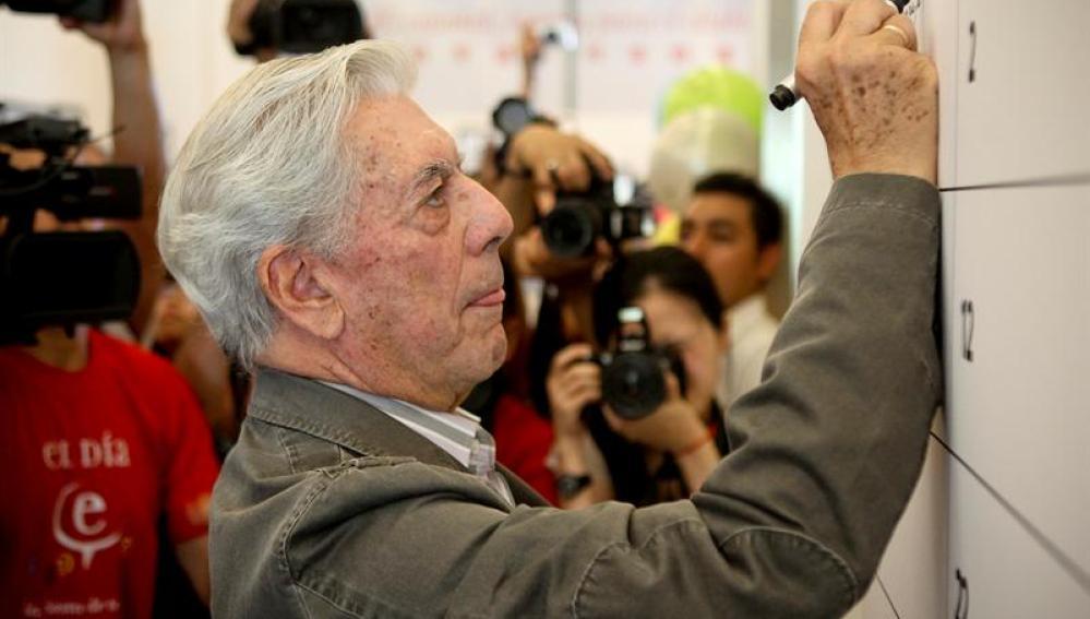Vargas Llosa, en el Día del Español