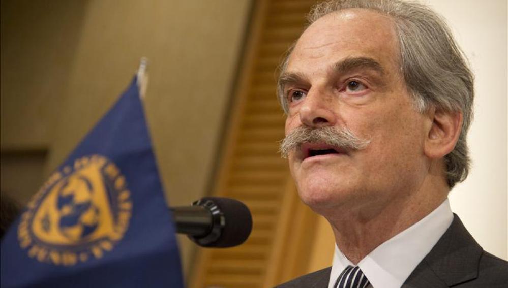 John Lipsky, director gerente en funciones del Fondo Monetario Internacional