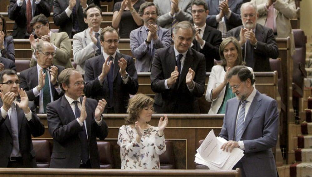 Aplausos a Rajoy tras su intervención