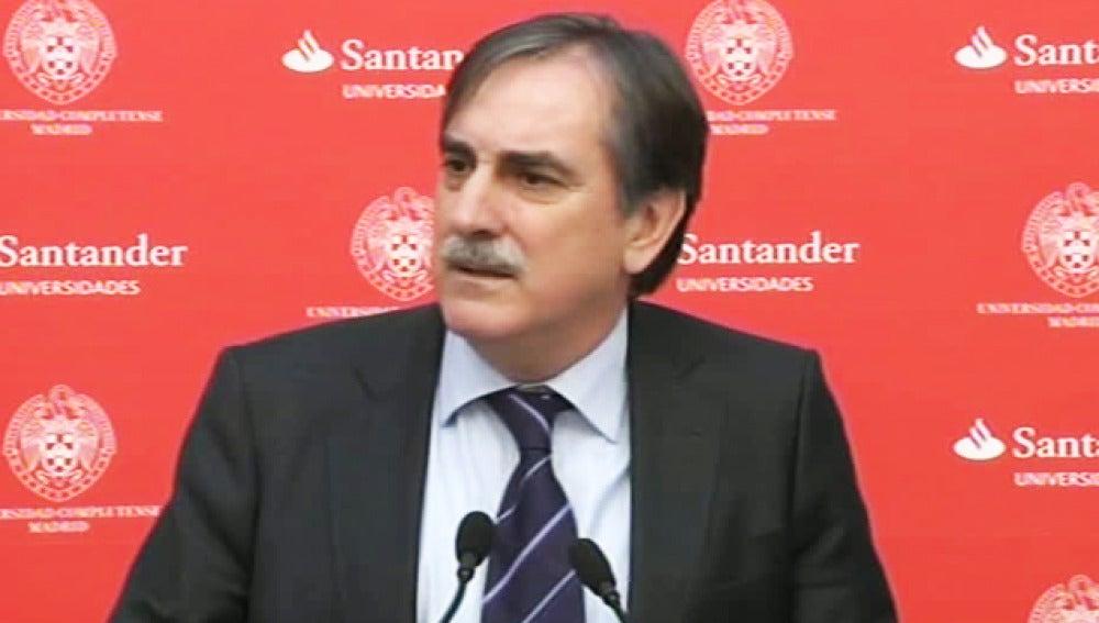 Valeriano Gómez, en comparecencia pública.