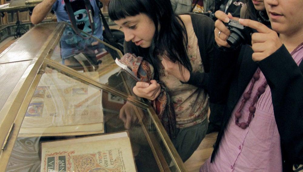 El Código Calixtino durante una exposición