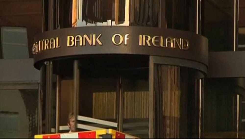 Moody's rebaja la nota a Irlanda