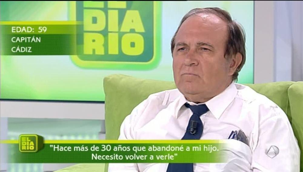 Manuel se arrepiente de abandonar a su hijo después de 30 años