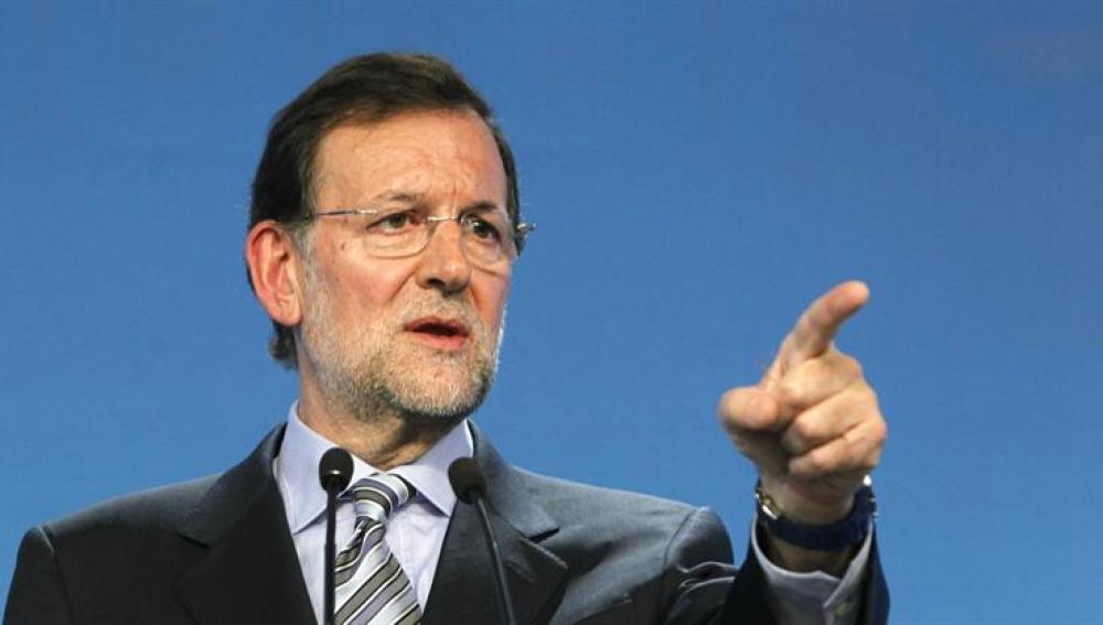 """El PP exige a Zapatero que expliquela """"grave situación financiera"""" de España"""