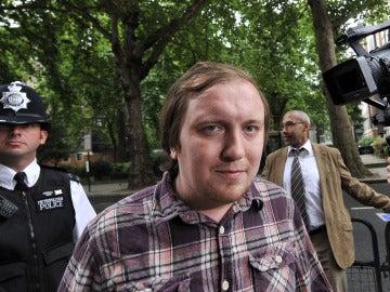Jonathan May-Bowles se presenta ante la Corte de Magistrados de Westminster