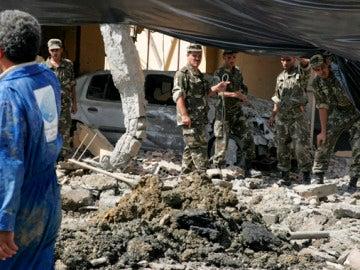 Al menos 30 heridos tras un atentado suicidia en Argelia