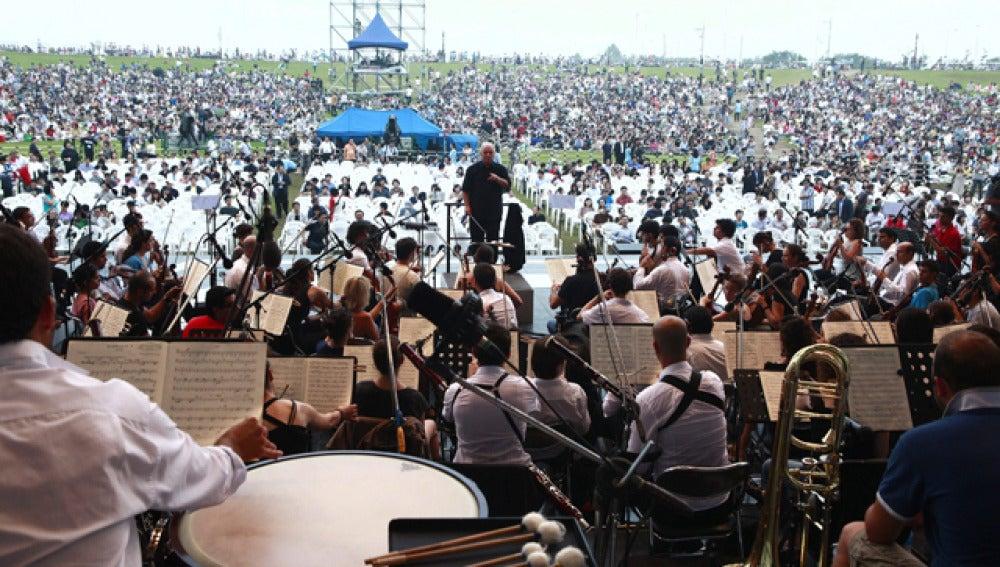 Barenboim y las dos coreas, por la paz