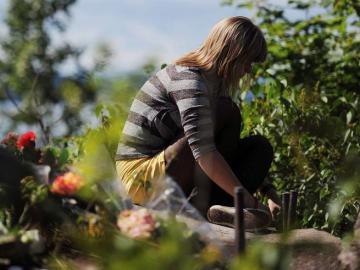 Supervivientes de la matanza de Oslo regresan al lugar de la tragedia