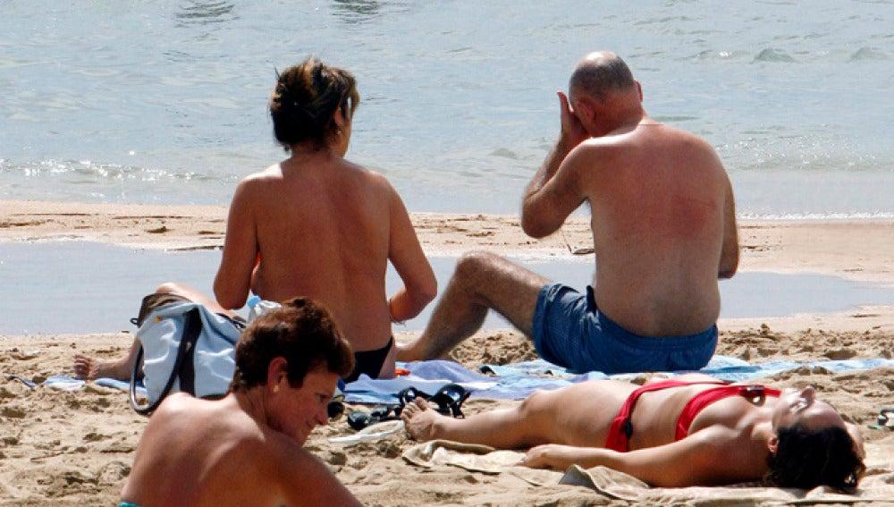 Los turistas gastaron una media de cien euros al día