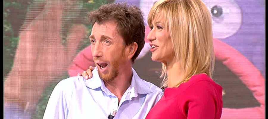 Antena 3 tv susanna griso se quita los zapatos para for Antena 3 espejo publico hoy