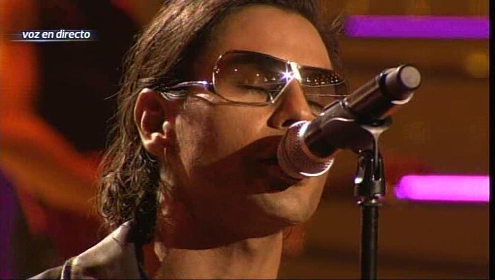 Gala 1 | Julio Iglesias Jr. imita a Bono