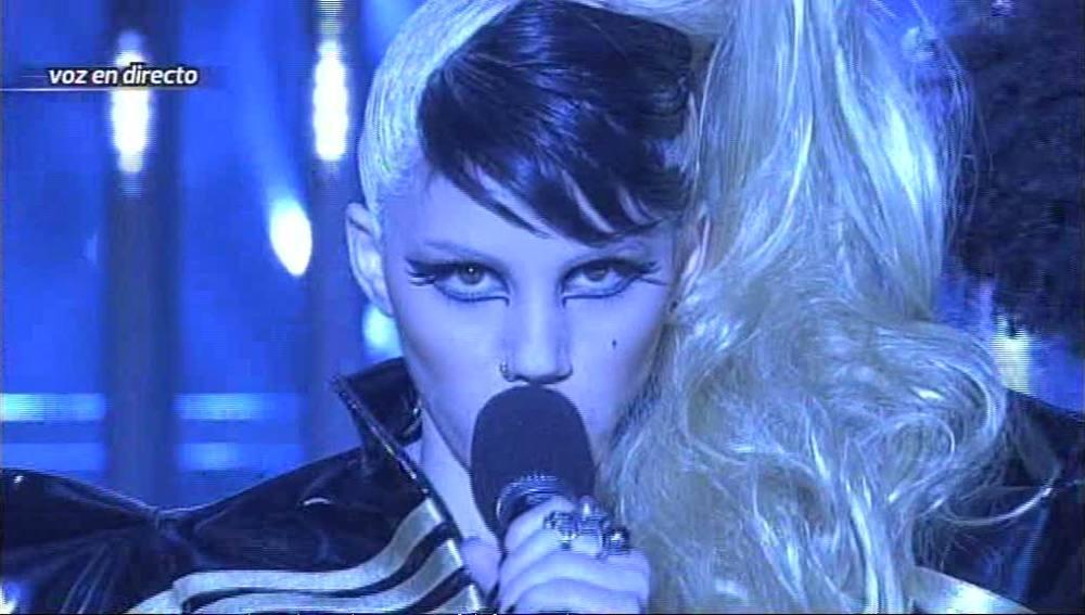 Angy actuando como Lady Gaga - Gala 1