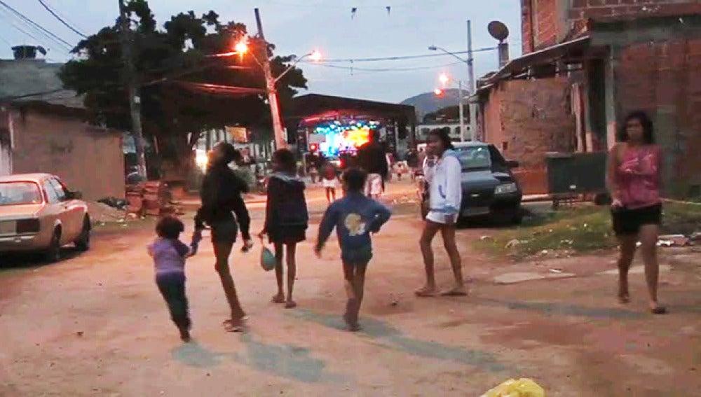 El Rock in Rio acerca la música a las fabelas marginales de Brasil