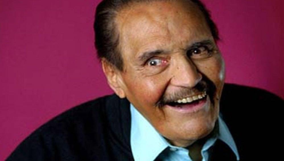 """El comediante mexicano Gaspar Henaine, conocido como """"Capulina"""", ha muerto a los 85 años."""