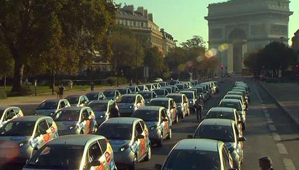 Coches eléctricos de alquiler en París