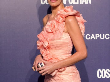 Paula Vázquez guapísima con un vestido rosa