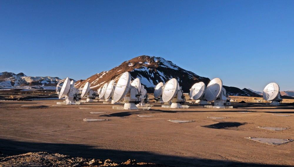 Las antenas de ALMA (4-10-2011)