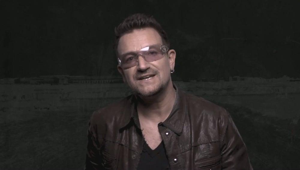 Bono en una campaña publicitaria contra el hambre