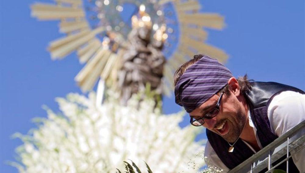La Virgen del Pilar se viste de flores