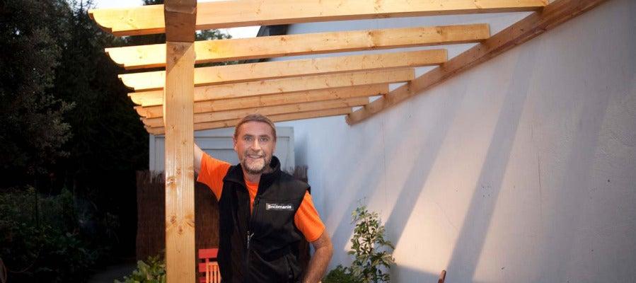 Antena 3 tv p rgola de madera para exteriores - Exteriores puente viejo ...