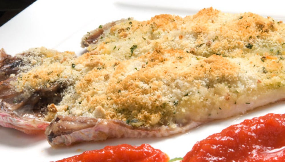 Salmonetes con mermelada de pimiento