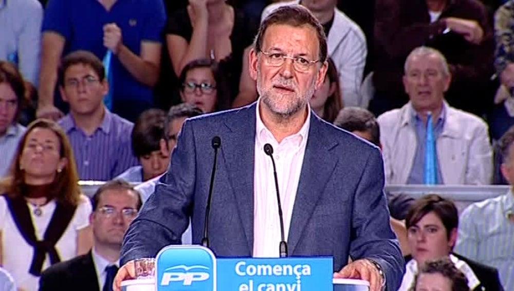 Rajoy reclama serenidad ante el anuncio de la banda para no hacerle la campaña a Bildu