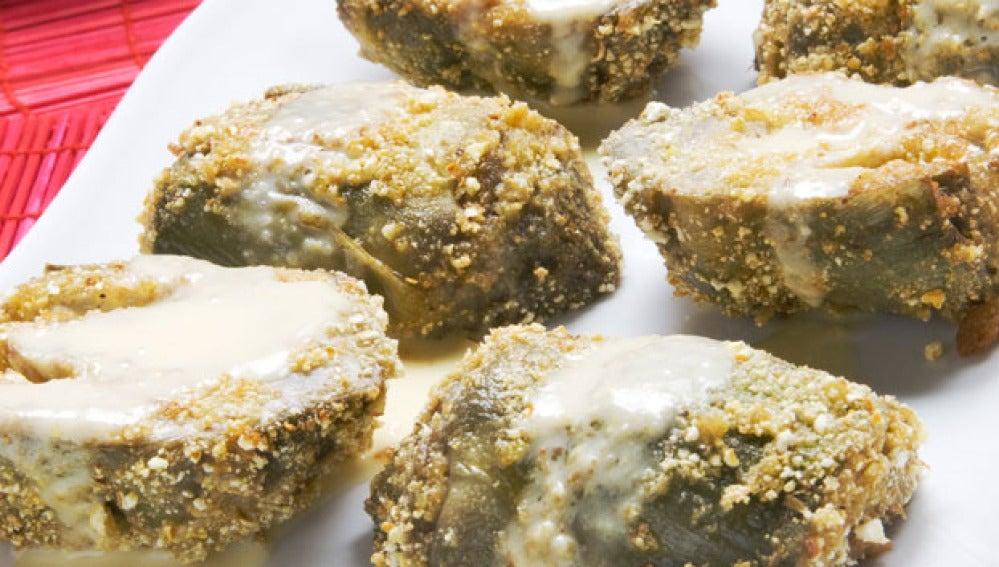 Alcachofas rebozadas con crema de maíz