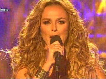 Carolina Ferre interpreta a Paulina Rubio