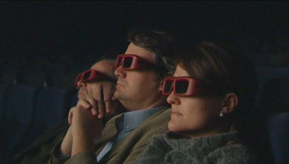 Público viendo una película en 3D