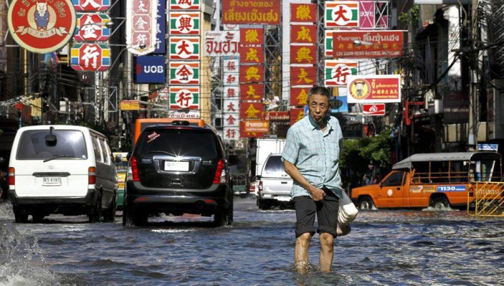 Graves inundaciones en Tailandia