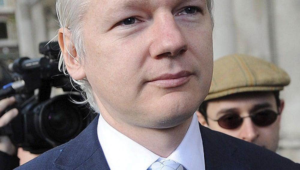 Julian Assange llega al tribunal