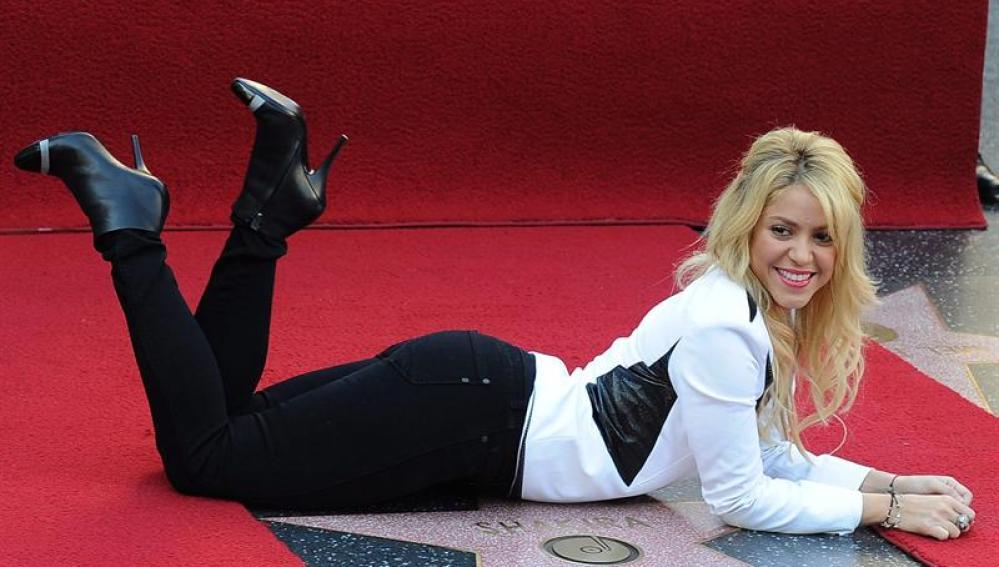 Shakira recibe su estrella en el Hall de la Fama de Hollywood