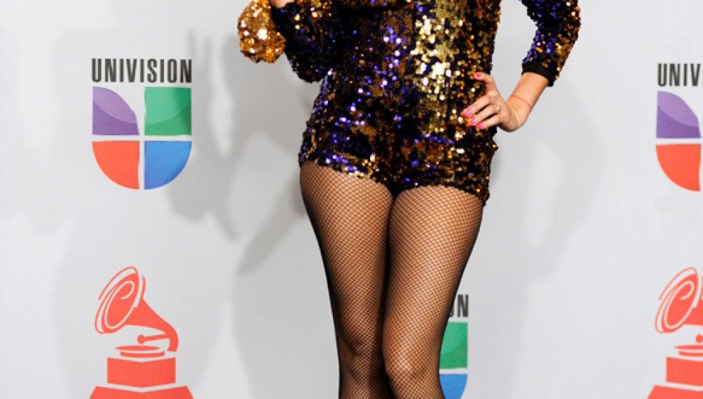 Paulina Rubio lució pernas tras su embarazo
