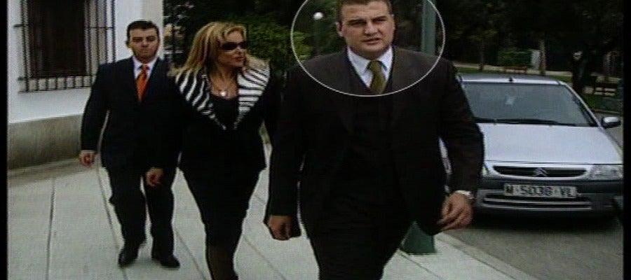 Antena 3 tv eloy s nchez barba el guardaespaldas de los for Antena 3 espejo publico hoy