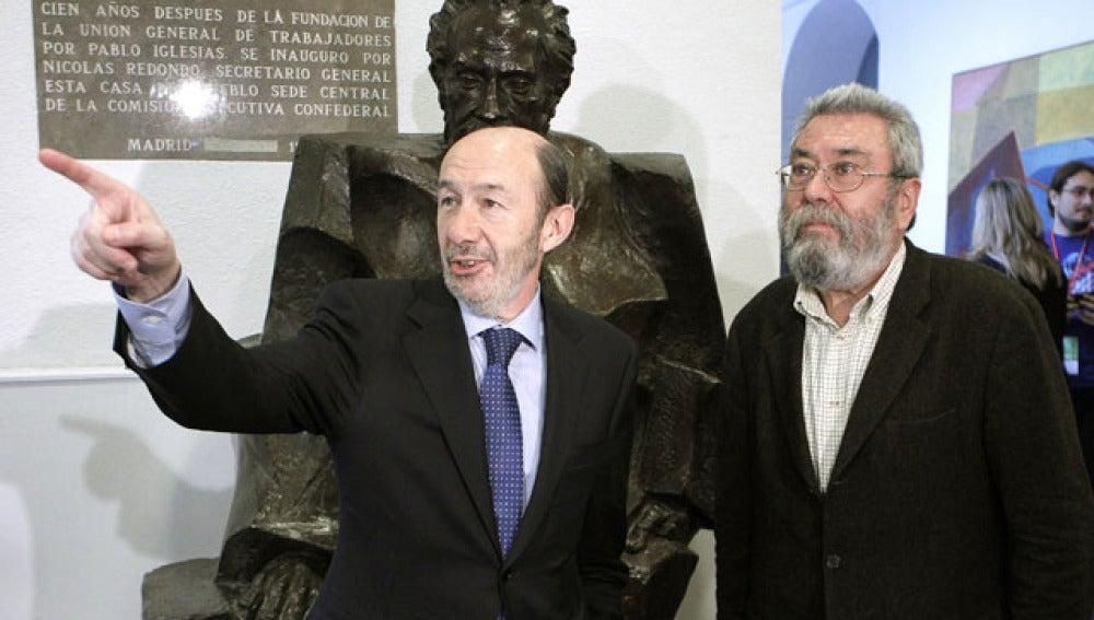 Rubalcaba y Cándido Méndez tras la reunión