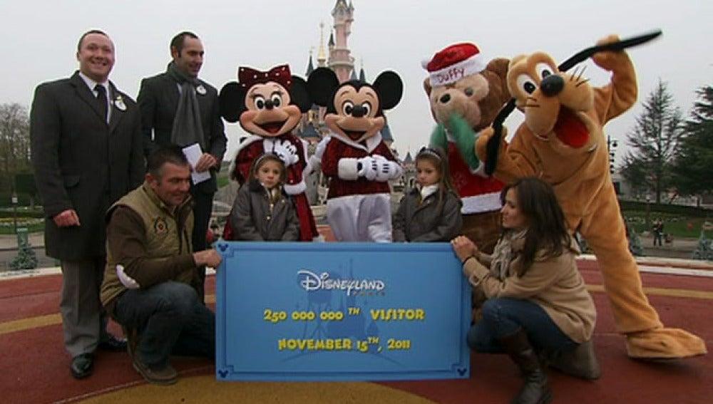 Una familia de Toledo es premiada en Disneyland Paris