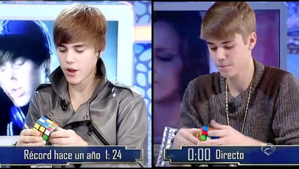 Justin Bieber y el cubo de Rubik