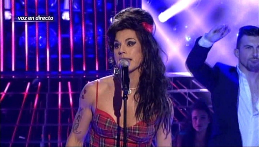 Julio Iglesias Jr homenajea a Amy Winehouse
