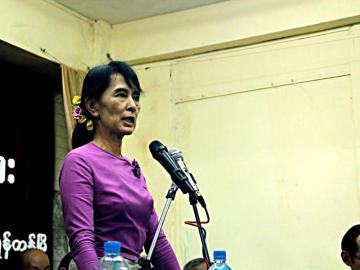 La Nobel de la Paz Aung San Suu Kyi