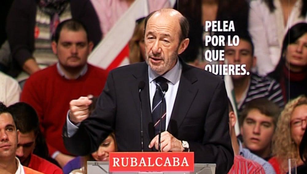 Rubalcaba durante un mitin electoral.