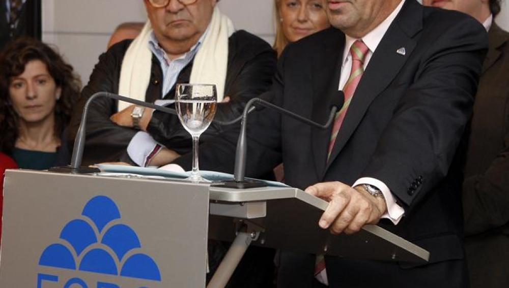 Álvarez-Cascos en rueda de prensa