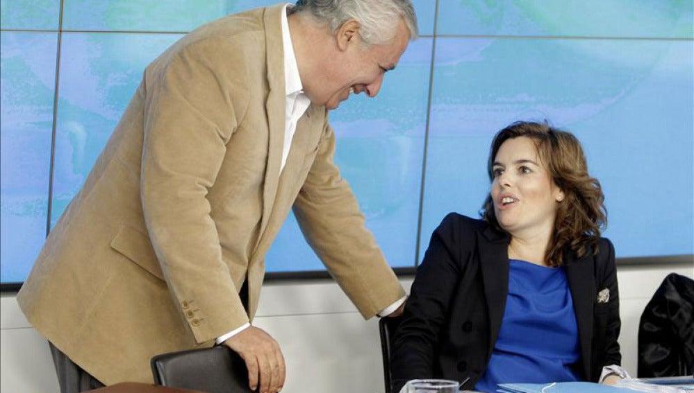 Soraya Sáenz de Santamaría con Javier Arenas