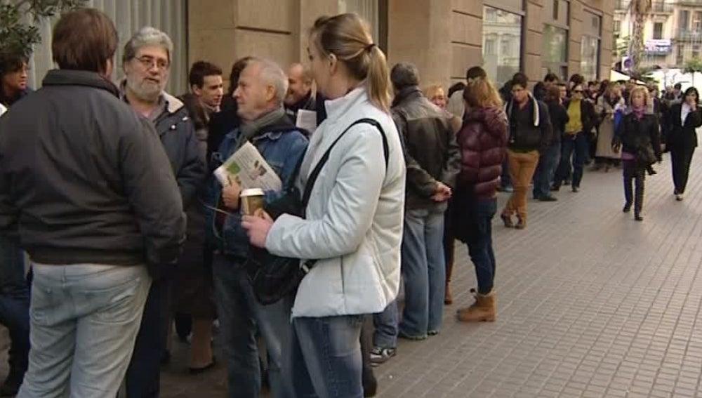 Gente esperando por una entrada de Bruce Springsteen